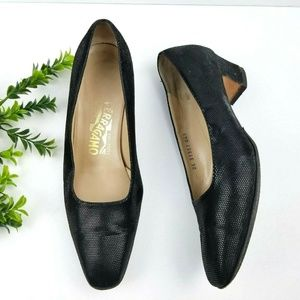 SALVATORE FERRAGAMO Vintage Black Leather Pumps